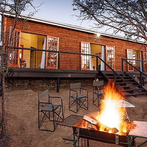 Luxury cabin at Chandelier Game Lodge